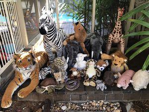 Safari stuffed animals - big and small for Sale in Pembroke Park, FL