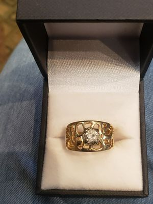 Size 6 1/2 gold diamond ring for Sale in Pflugerville, TX