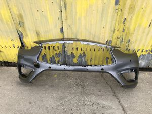 2017-2018 INFINITI QX-30 FRONT BUMPER COVER OEM for Sale in Gardena, CA