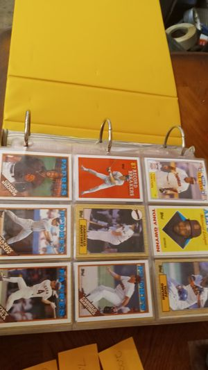 700+Collectors Baseball Cards for Sale in Redding, CA
