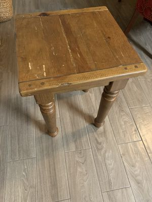 Pottery Barn End Table for Sale in Arlington, TX