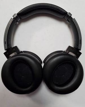 Sony MDRXB950 headphones for Sale in Kissimmee, FL