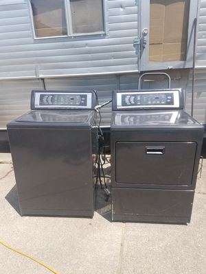 Kenmore elite calypso washer and electric dryer set for Sale in Dearborn Heights, MI