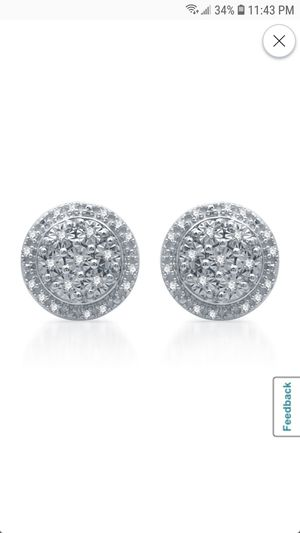 DIAMOND EARRINGS for Sale in Suisun City, CA