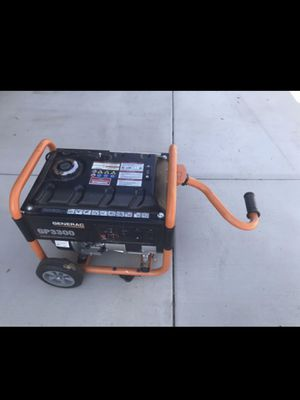 Like New Condition Generac GP 3300 Generator. Starts right up. Weighs 100 pounds. No low ballers please. for Sale in Moreno Valley, CA