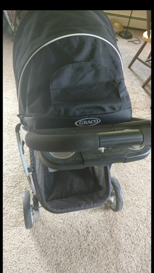 Gracias adjustable stroller for babies and toddlers for Sale in Bloomington, MN