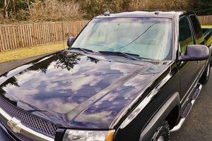 2003 Chevrolet Silverado flatbed work truck for Sale in Huntsville, AL