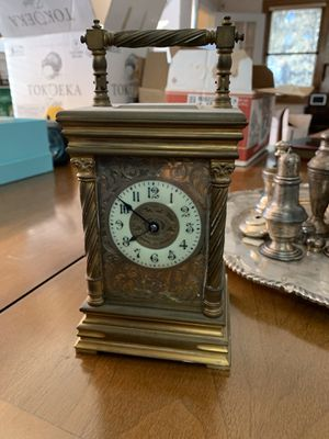 Vintage antique gold clock for sale for Sale in Queens, NY