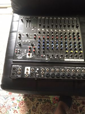 Consolé mixer like new for Sale in Rockville, MD