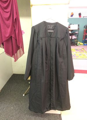 Graduation Gown for Sale in Angier, NC