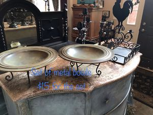 Various metal home decor for Sale in Commerce Charter Township, MI