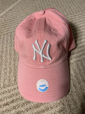 New Women's New York Yankees MLB Pink Adjustable Hat for Sale in Seattle, WA