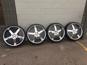 Chrome wheels on sale rims tires used new 14 15 16 17 18 19 20 22 24 26 35 45 55 65 75 85 80 70 60 50 40 30 165 175 185 195 205 215 225 235 245 255 2 for Sale in Warren, MI