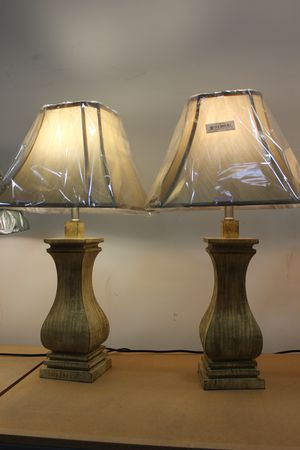 29 inch H Natural Wood URN Inspired Table Lamp, 8161 for Sale in Downey, CA