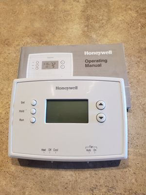 Honeywell Programmable Thermostat for Sale in Peoria, AZ