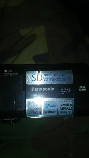Panasonic SDR-S10 SD memory card CAMCORDER 10x optical zoom for Sale in Portland, OR