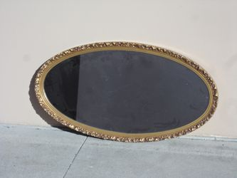 oval framed mirror for Sale in Modesto,  CA