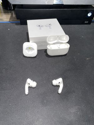 AirPods Pro for Sale in Los Alamitos, CA