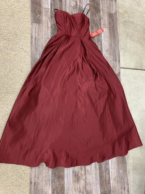 Red ball gown dress size 1 for Sale in Penllyn, PA