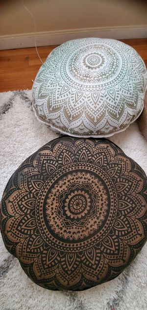 Floor pillows for Sale in Lowell, MA