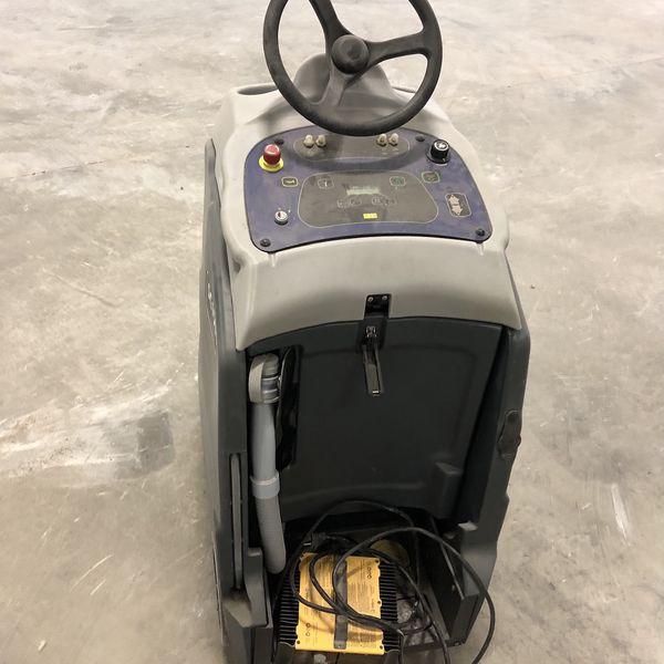 Floor Auto Scrubber