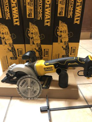 Dewalt Atomic 20-Volt Max Cordless 4-1/2 in. Circular Saw (Tool Only) for Sale in Laurel, MD