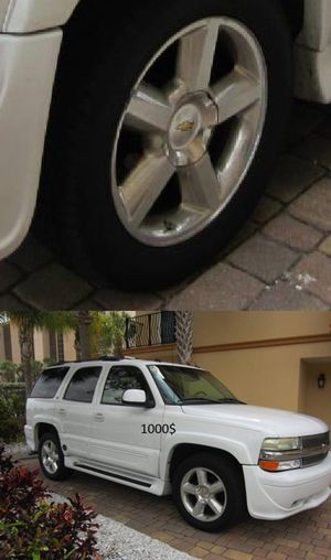 !2OO3 Chevrolet Tahoe AWDWheelsssA for Sale in Cleveland, OH