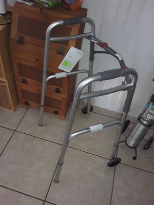 NEW ADJUSTABLE WALKER for Sale in Port St. Lucie, FL