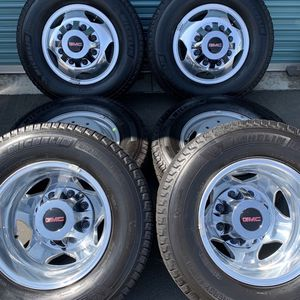 Gmc Sierra 3500 Dually Factory Wheels for Sale in Fontana, CA