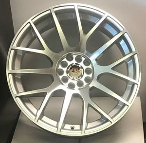 "Brand New 18"" DT49 5x114.3Silver Wheels for Sale in Hialeah, FL"