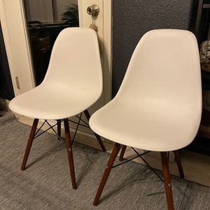 Modern White Chairs for Sale in Clovis, CA