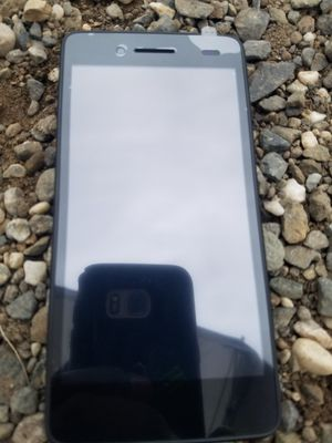 FREE BIG 4G CELL PHONE ON HAND for Sale in Oroville, CA