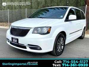 2015 Chrysler Town & Country for Sale in Santa Ana, CA