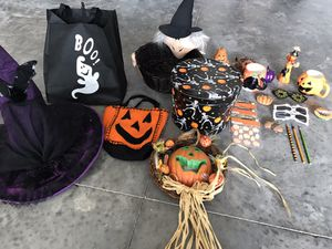 Assorted Halloween 🎃 Items for Sale in NEW PRT RCHY, FL