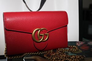 Gucci clutch wallet for Sale in Austin, TX