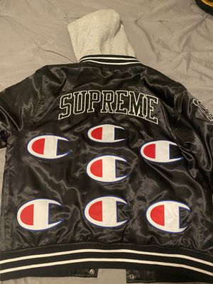 Supreme jacket for Sale in Orlando, FL