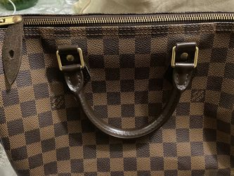 Used LV bag authentic. for Sale in Fort Washington,  MD