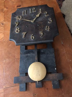 Antique Mission Style Wall Clock for Sale in Suffolk, VA