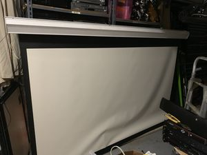 Vutec motorized electric projector screen for Sale in Miami, FL