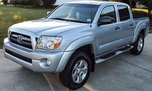 VeryNice 2005 Toyota Tacoma 4WDWheels Automatic for Sale in Ann Arbor, MI