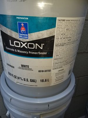 Loxon primer blanco para exterior for Sale in Phoenix, AZ