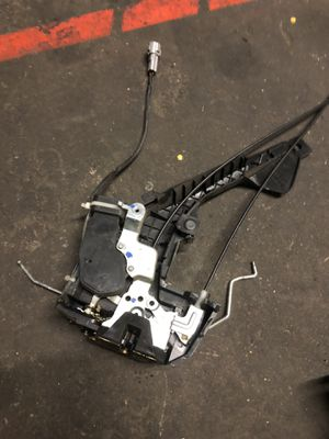 00-06 RH Rear Toyota Tundra Door Lock Actuator Motor, Latch GF40 Assembly OEM for Sale in Anaheim, CA