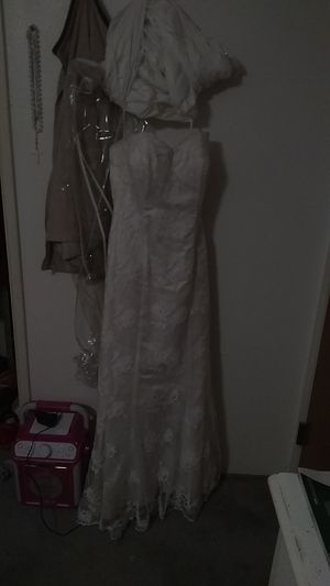 Women's size 7-8 wedding dress for Sale in Modesto, CA