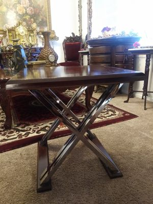 Beautiful Ashley Furniture X Legs End Table (1) for Sale in Thornton, CO