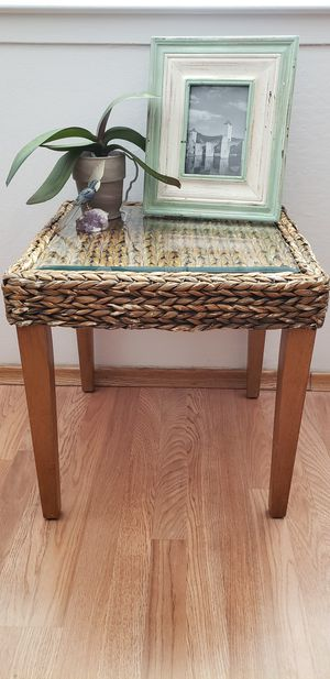 Tiki Style End Table for Sale in Carmichael, CA