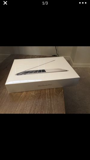 Late 2017 MacBook Pro 13 inch for Sale in Jacksonville, FL