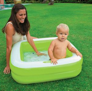 ON SPECIAL !!! Intex Square Baby Pool Nueva En Caja / New Pool in Box Green or Pink for Sale in Los Angeles, CA
