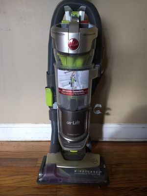 Hoover Vacuum for Sale in Columbus, OH