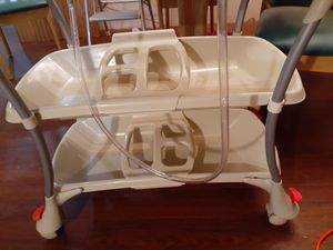 PRIMO euro baby spa stand up bath and changing table for Sale in CHARLOTTE, NC