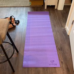Yoga mat for Sale in Washington,  DC